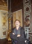 Ст. Айдинян в Лувре