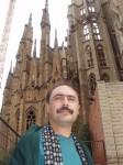 Ст. Айдинян у Саграта Фамилия в Барселоне
