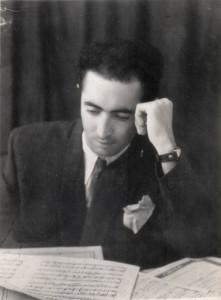 А. Айдинян над нотами - 1950-е